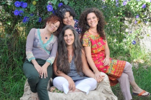צוות 'פרפרים בבטן' /צילום: דנה גולדברג